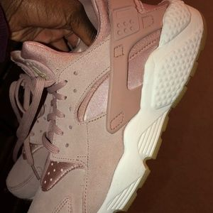 Nike Huarache Run SD Women's US Size 11 (Pink)